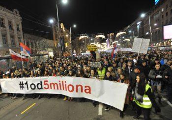 PROTESTI Nastavljene šetnje protiv Vučića u Beogradu, održan prvi skup na Kosovu