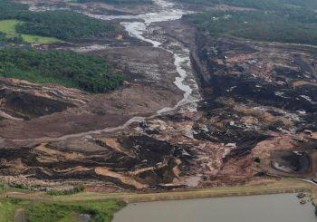 BRAZIL Pogledajte dramatični snimak pucanja brane i stradanja 300 ljudi VIDEO