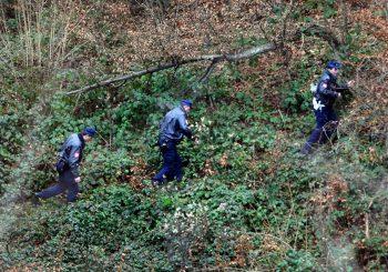 PRNJAVOR U šumi nađen mrtav muškarac, mašina za drva ga povukla i isjekla