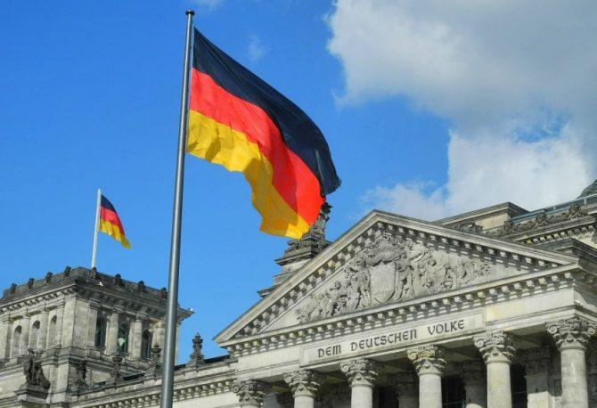 """BUDŽETSKI SUFICIT: Njemačka """"u plusu"""" 58 milijardi evra, rekord od 1990. godine"""