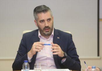 RAJČEVIĆ: Halilović pokušava da centralizuje visoko obrazovanje u BiH, rješenje je smjena