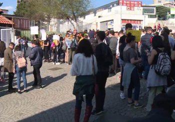 """""""PRAVDA ZA PAVLA"""": Učenici beogradske Filološke gimnazije traže oslobađanje uhapšenog druga"""