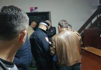 OD ŠAKA DO PRAVOSUĐA: Predsjednik GO SDS-a u Prijedoru podnio krivične prijave protiv aktera tuče