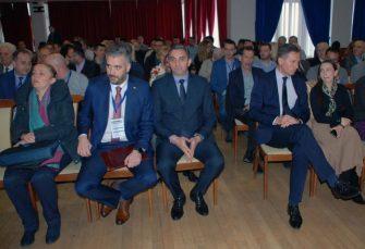"""OKUPLJANJE STRUČNJAKA: Ministar Rajčević otvorio Međunarodni simpozijum """"Infoteh - Jahorina"""""""