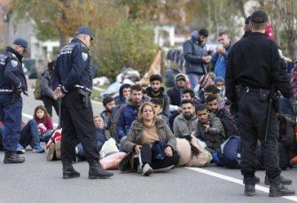 GRANIČNA POLICIJA MOLI ZA POMOĆ: Dnevno u BiH uđe više od 100 migranata, najveći talas još nije ni počeo