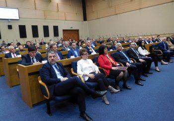 ČUBRILOVIĆ: Saradnja NSRS i Saveza opština i gradova donosi dobre rezultate u interesu građana
