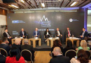 """Panelom """"Premijer sa privrednicima"""" završen """"Jahorina ekonomski forum 2019"""""""