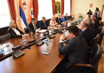 SASTANAK KOD PREDSJEDNICE: Predstavnici stranaka u Srpskoj usvojili osam zaključaka o Danu RS
