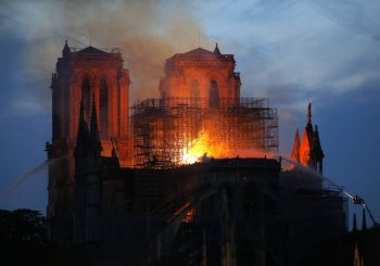 Kada je izgorjela Notre-Dame?