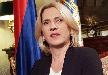 KAZNE DO 9.000 KM Evo šta piše u Uredbi predsjednice Republike Srpske o zabrani izazivanja panike i nereda