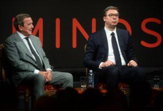 """Za Šredera NATO-napad na Srbiju bio """"vrlo emotivna odluka"""", Vučiću """"suviše lako da ga kritikuje"""""""