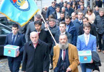 PRVA VELIKA ŠETNJA: Monarhisti i ravnogorci u centru Beograda 12. maja