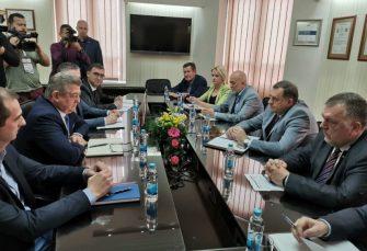 SASTANAK U BIJELJINI: Mićić i Dodik o izgradnji auto-puta Beograd - Sarajevo