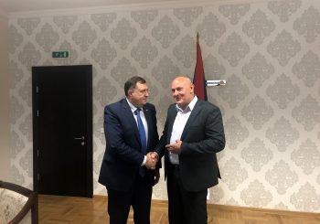 POMIRENJE: Dodik u Rudom, razgovarao sa načelnikom Rajakom o infrastrukturnim projektima