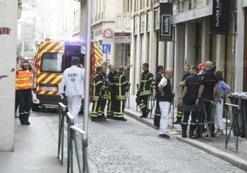 LION: Osam povrijeđenih u eksploziji u centru grada, za Makrona riječ o napadu