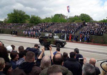 POVODOM DANA POBJEDE NAD FAŠIZMOM: Na vojno-policijskoj paradi u Nišu 4.000 učesnika