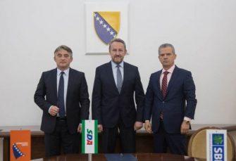 """""""PATRIOTSKI BLOK"""": Izetbegović, Radončić i Komšić potpisali izjavu o zajedničkom djelovanju"""