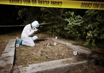 MISTERIJA U NJEMAČKOJ: Pet osoba na dvije lokacije ubijene strijelama