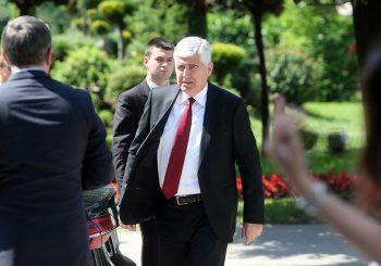 ČOVIĆ: Ne možemo formirati vlast u BiH prije 14. septembra, čekamo kongres SDA