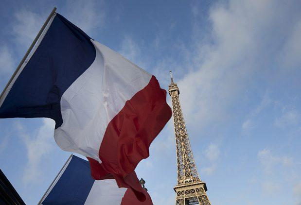 APEL: 100 intelektualaca traži od Makrona zaštitu francuskog jezika od anglo-američkog kolonijalizma