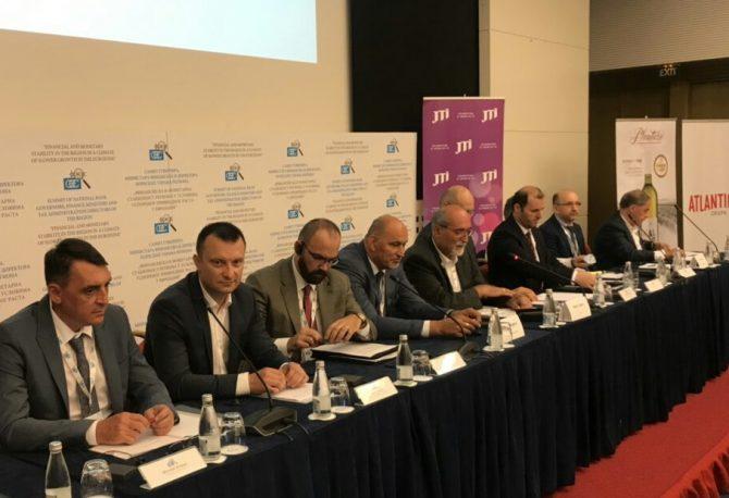 Direktor Poreske uprave RS na prestižnom Samitu u Bečićima