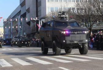 """TEHNIČKI REMONT BRATUNAC: Isporučuju MUP-u RS prva dva modela oklopnog vozila """"despot"""""""