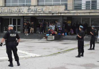 SARAJEVO: Policija u velikoj akciji locira migrante i prevozi ih u prihvatne centre