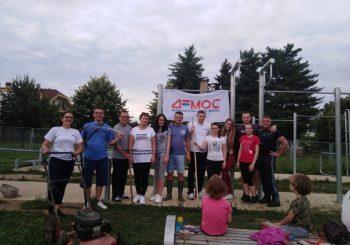 Članovi DEMOS-a uredili igralište kod crkve Lazarice