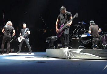 """ODUŠEVILI FANOVE: """"Metallica"""" na koncertu u Moskvi odsvirala ruski hit iz 1987. godine (VIDEO)"""