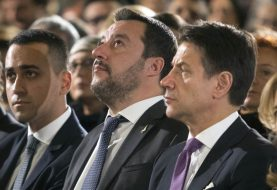 PALA VLADA: Premijer Italije Đuzepe Konte podnio ostavku, optužio Salvinija da je sebičan