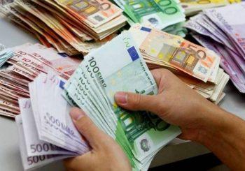 ZBOG SUKOBA SAD I KINE: Evro pao na najniži nivo u proteklih 16 mjeseci