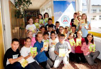Mlijekoprodukt poklonio lektire bibliotekama osnovnih škola