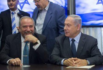 IZBORI U IZRAELU: Netanjahu nema većinu, Liberman odlučuje ko će formirati vladu