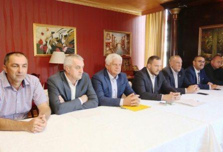 POBUNA U FUDBALSKOM SAVEZU RS: Čelnici svih područnih organizacija traže Kovačevićevu ostavku