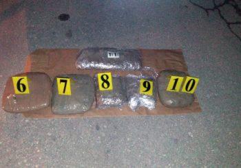 UHAPŠENE TRI OSOBE: Oduzeto pet kilograma droge