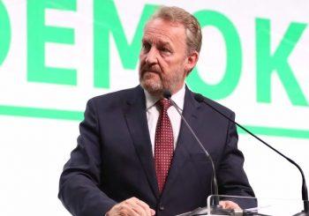 Izetbegović jednoglasno izabran za predsjednika SDA