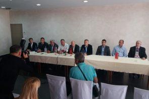 PRIJEDOR: Predstavnici osam stranaka zatražili ostavku gradonačelnika Đakovića