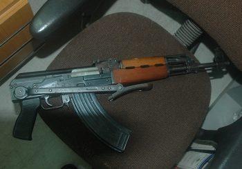 DOBOJ: Uhapšen muškarac (70), repetirao automatsku pušku na djecu jer mu je smetala galama