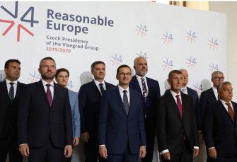"""ISTOK EU ZA PROŠIRENJE: Zapad stavlja region """"na čekanje"""""""
