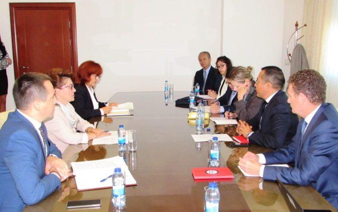 SASTANAK: Ministarka finansija Zora Vidović sa predstavnicima Svjetske banke
