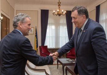 SATLER KOD DODIKA: Ubrzano raditi na formiranju Savjeta ministara, zarobljena značajna sredstva EU za BiH