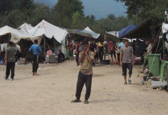 EU NEGODUJE: Osuđuju prisilni transfer migranata u Vučjak, traže od vlasti USK da zatvore kamp