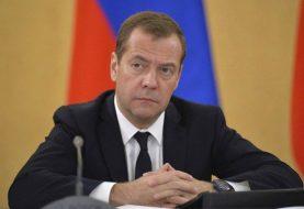 MEDVEDEV: Veoma opasan pokušaj da se u NATO uvuku BiH i Republika Srpska