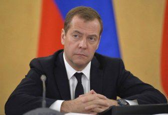 RUSIJA: Medvedev podnio ostavku, Putin predložio Mišustina za novog premijera