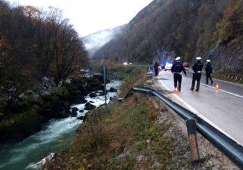 Kamion sletio u Vrbas, poginula dva radnika