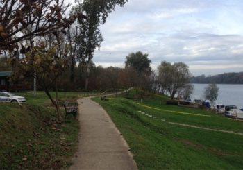 BRČKO: Na izletištu pored Save ribar pronašao beživotno tijelo žene