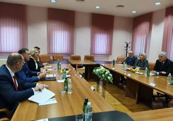 """SNSD I HDZ U MOSTARU: Čović vjeruje u skoro formiranje vlasti, Dodik skeptičan zbog """"zezatora iz Sarajeva"""""""