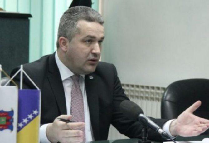 ZBOG PORNO SNIMKA: Smijenjen Agan Bunić, predsjedavajući Skupštine Unsko-sanskog kantona