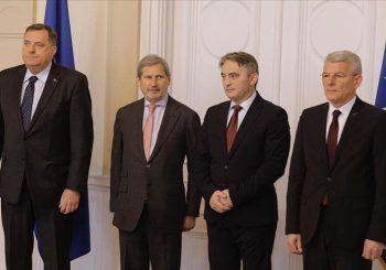 """RS između pritiska ka približavanju BiH NATO-u i Vučićevog """"glasnog ćutanja"""""""