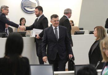DIJALOG: Tegeltija odgovarao na pitanja poslanika, zanimalo ih šta misli o NATO-u i da li voli BiH